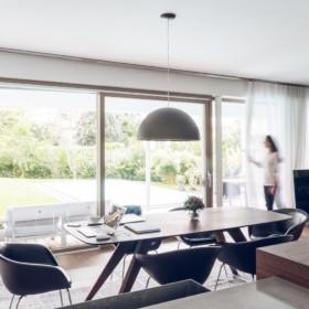 Sonnenschutz für große Glasflächen