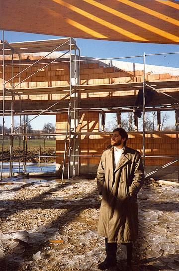 1987: Neubau